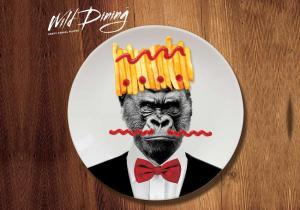 Setul Wild Dining -- Trofee bune de pus pe perete... sau pe masa!