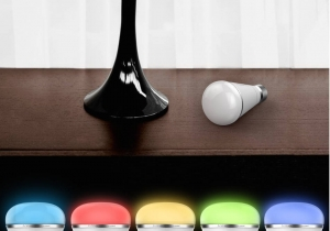 PlayBulb Curcubeu -- Magia culorilor in format eco