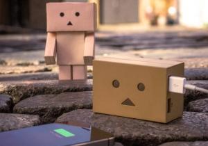 Robotelul energic -- Incarcari si zambete garantate!