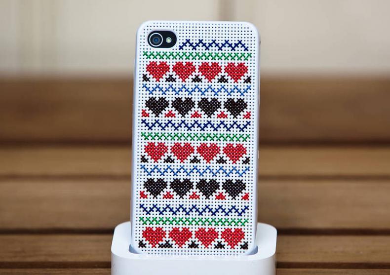 Husa Cross Stitch -- Si iPhonul tau va fi unic image