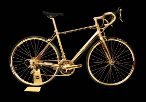 Bicicleta 24K -- Franele din aur chiar fac calul mai bun