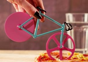 Bicicleta Taietor Pizza -- Miniaturi adorabile