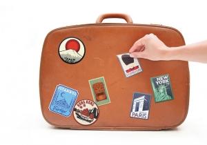 Autocolante calatorie -- Bagaje personalizate, efect vintage