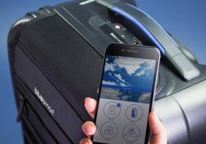 Bluesmart -- prima valiza smart din lume.