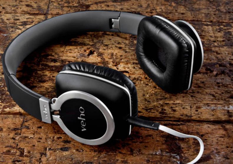 Veho Z8 Designer-- music on/world off. image