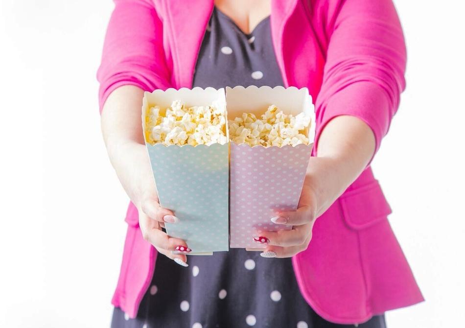 Popcorn cu Buline -- filme Fellini si momente vintage.