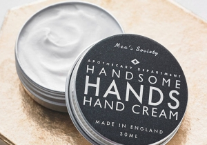 Crema Handsome Hands -- bogat in vitamine si stil.
