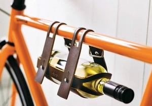 Vin de bicicleta -- Suport de sticla pentru doua roti.