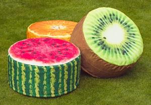 Fruit Pouffes -- Mobilier cu infuzie de fructe