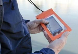 Husa Smartphone Impermeabila - Protectie anti-ploaie pentru telefon