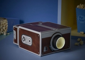 Proiector Smartphone 2.0 - Cinema doar cu telefonul