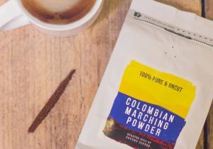 Colombian Marching Powder -- Premium, cu un secret excentric