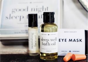 Good Night Sleep Tight -- Tot ce-ti trebuie pentru odihna dorita