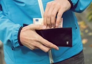 Portofel RFID -- Paznicul valorilor tale