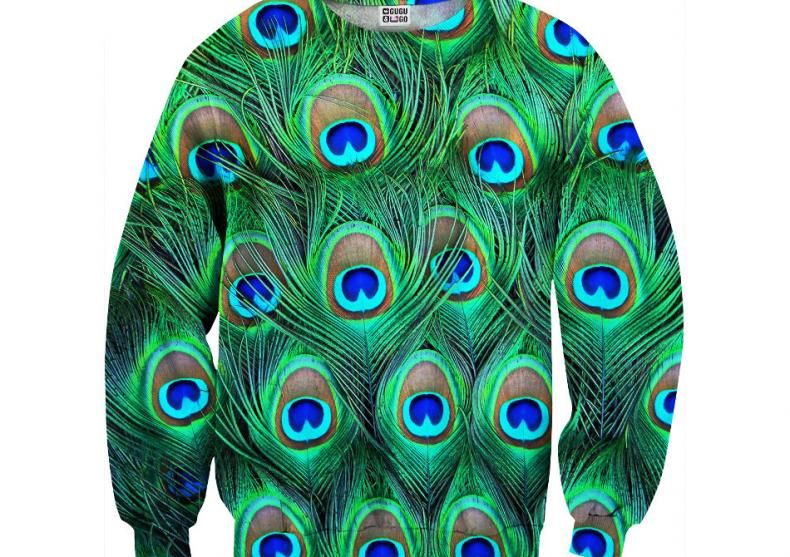 Pulover Peacock -- Cu penele altuia te poti impodobi image