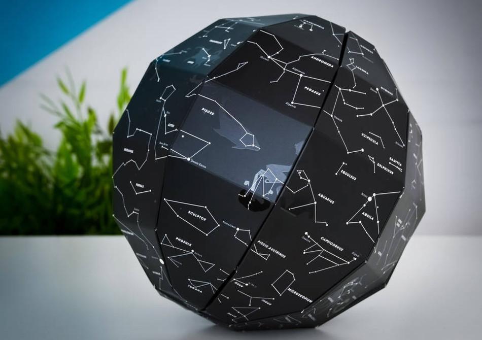 Globul Constelatiilor -- Toata lumea cu ochii...pe stele