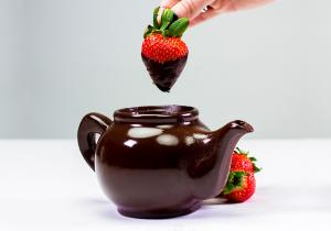 Ceainic de ciocolata - bea, dip, fondue, mananca