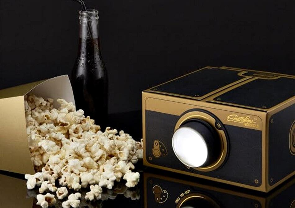 Proiector Smartphone Deluxe 2.0 -- pregateste popcornul gourmet.