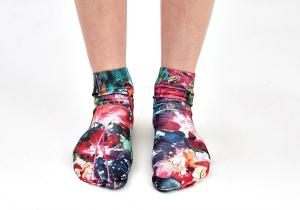 Sosete 3D -- Invaluie-ti picioarele cu cele mai trendy sosete