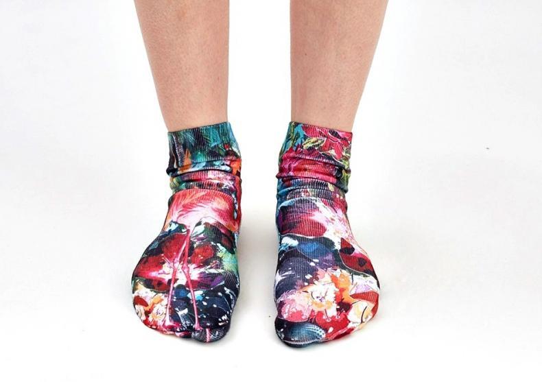 Sosete 3D -- Invaluie-ti picioarele cu cele mai trendy sosete image