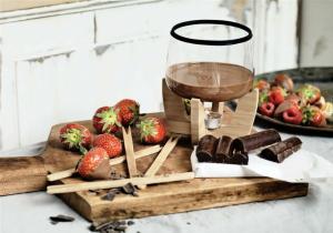 Deluxe Fondue -- ciocolateria personala