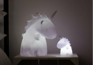 Unicorn Light -- Magia culorii, magie de unicorn