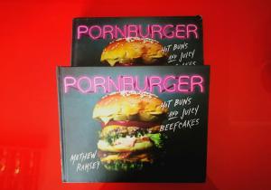 Resigilat: Pornburger - Cartea ce-ti lasa gura apa!