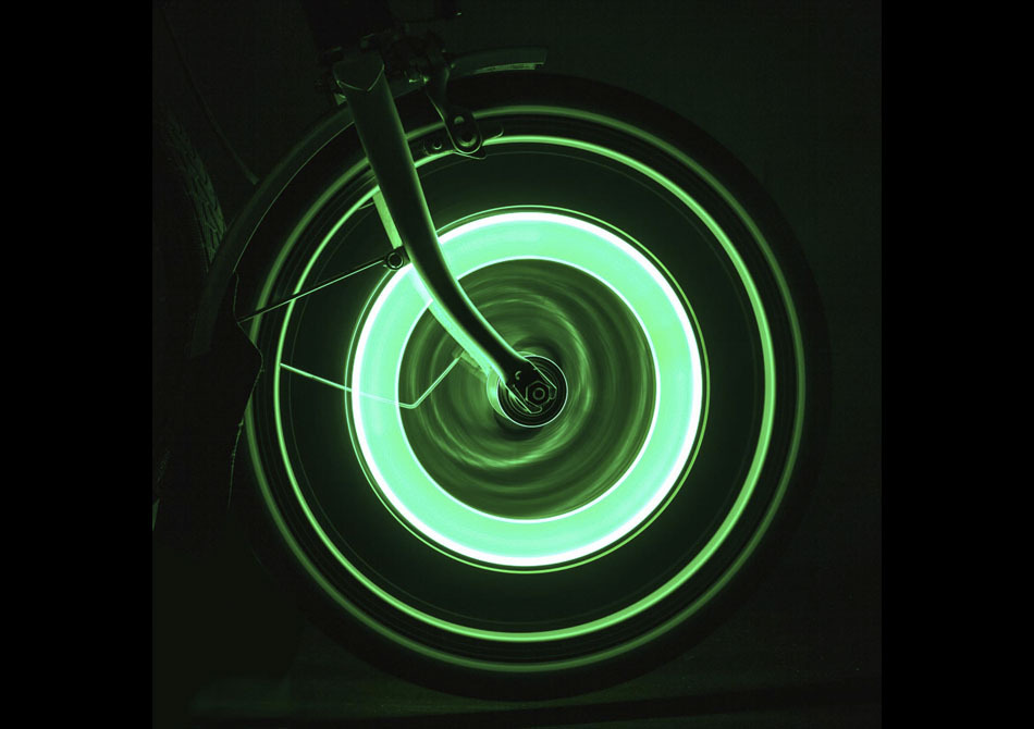 Wheelie lights PRO -- Pimp your bike