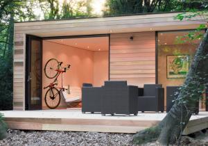 The Clug -- Garaj de buzunar pentru biciclete