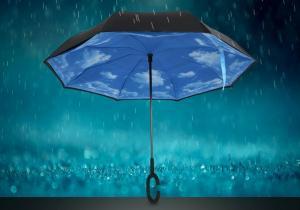 Umbrela cu cer albastru -- Mereu senin
