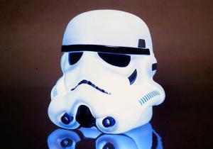Lampa Stormtrooper -- Lumina fie cu tine!