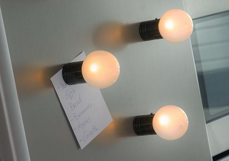 Becul magnet -- Mesaje la vedere image