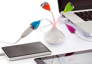 Floare USB -- Electronicele prind viata