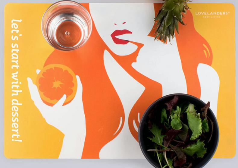 Individualuri Lovelanders -- Serveste masa in mod sexy image