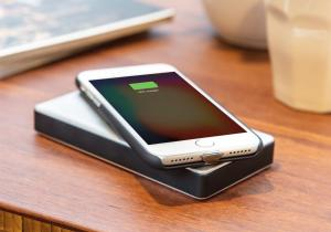 Carcasa iPhone wireless -- Un upgrade simplu la telefon