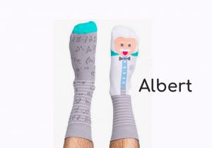 Papacito socks -- Cucereste-o din mers!