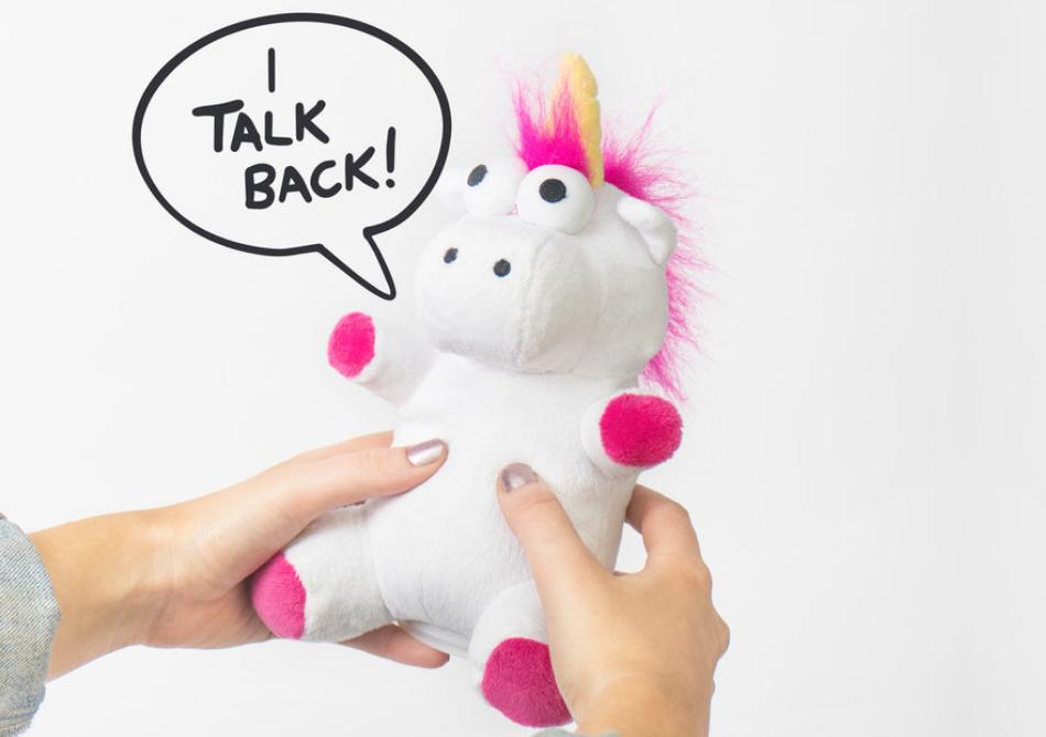 Unicornul vorbaret -- Repeta ceea ce-i spui