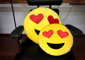 Perna Emoji XXL -- Iubire neconditionata