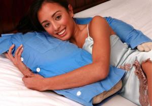 Boyfriend pillow -- Perna pentru burlacite