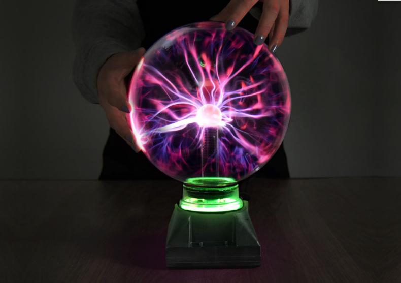 Globul plasma -- Futurama la atingere image