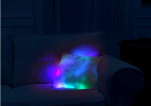 Perna Moonlight -- Cea mai pufoasa lampa de veghe