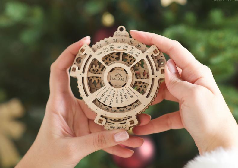 Calendar mecanic -- Arunca o privire in viitor! image