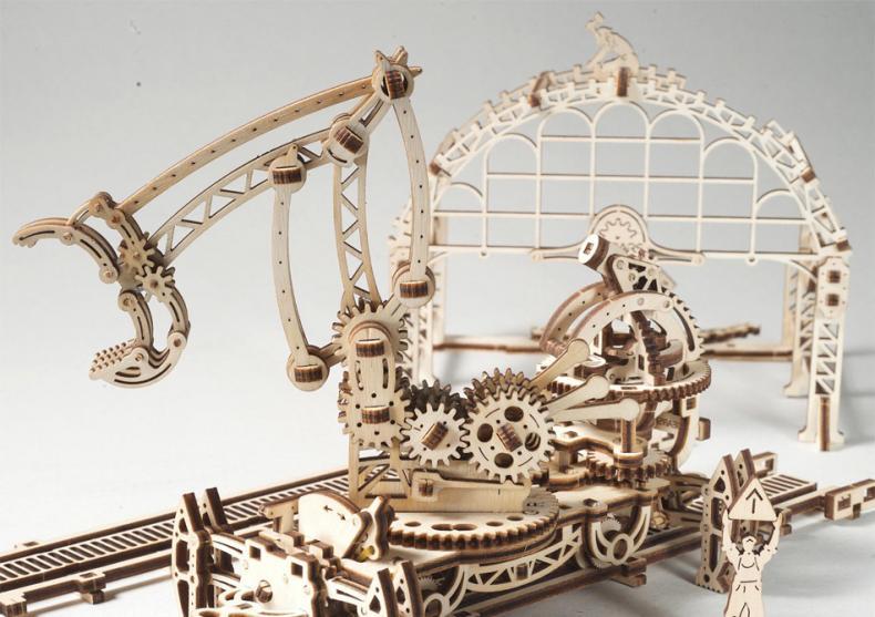 Manipulator pe sine -- Din seria Orasul Mecanic image