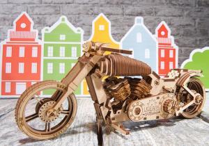 Motocicleta VM-02 -- Ride, baby, ride!
