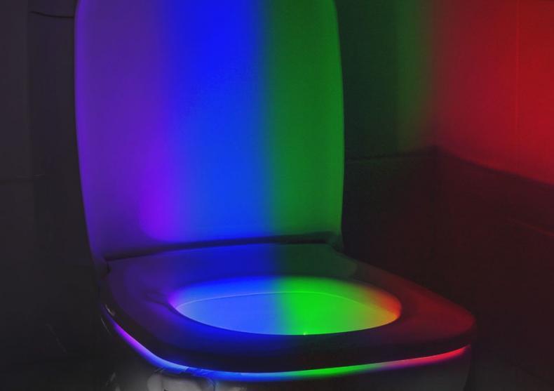 WC Presence Light - Fa-ti treaba pe-ntuneric! image