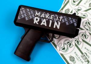 Pistol cu bani -- Impusca cu cash!