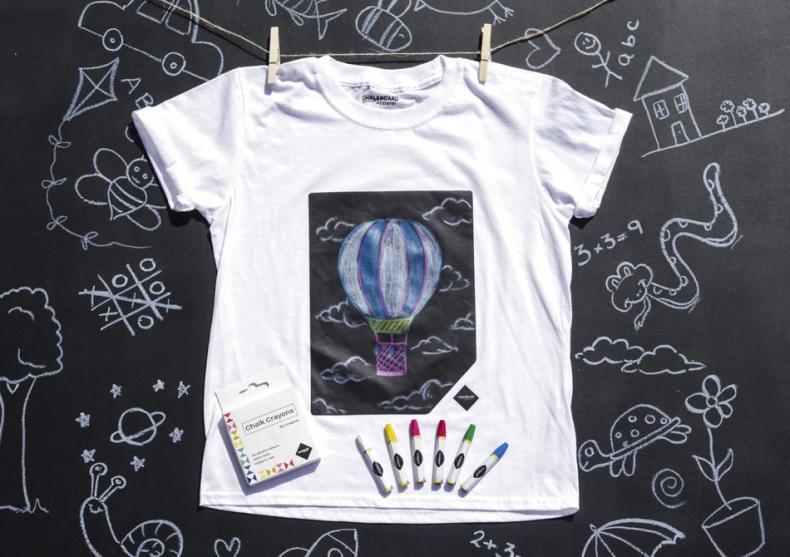 Chalkboard kids -- arta in inima tricoului image