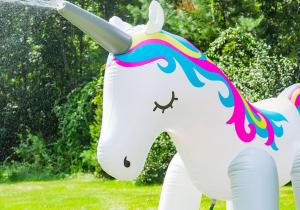 Unicornul stropitor -- Gigantic si incornorat