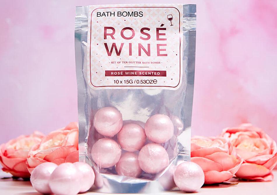 Rose wine bath bombs -- scalda-te in vin rose