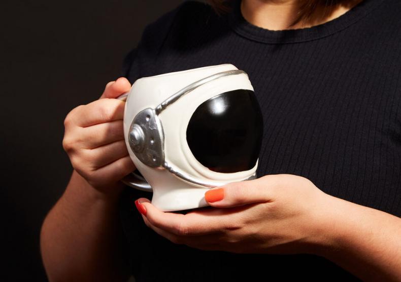 Cana Astronaut -- pentru bauturi exosferice image